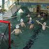 Gry i zabawy wodne na pływalni
