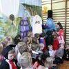 WIECZFNIA KOŚCIELNA: Spektakl dla przedszkolaków w Szkole Podstawowej w Uniszkach Zawadzkich