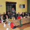 Sesja rady powiatu mrągowskiego w sprawie szkół