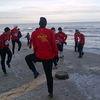 Ostródzcy piłkarze trenują nad morzem