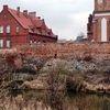 Sępol: resztki XIV - wiecznych murów obronnych