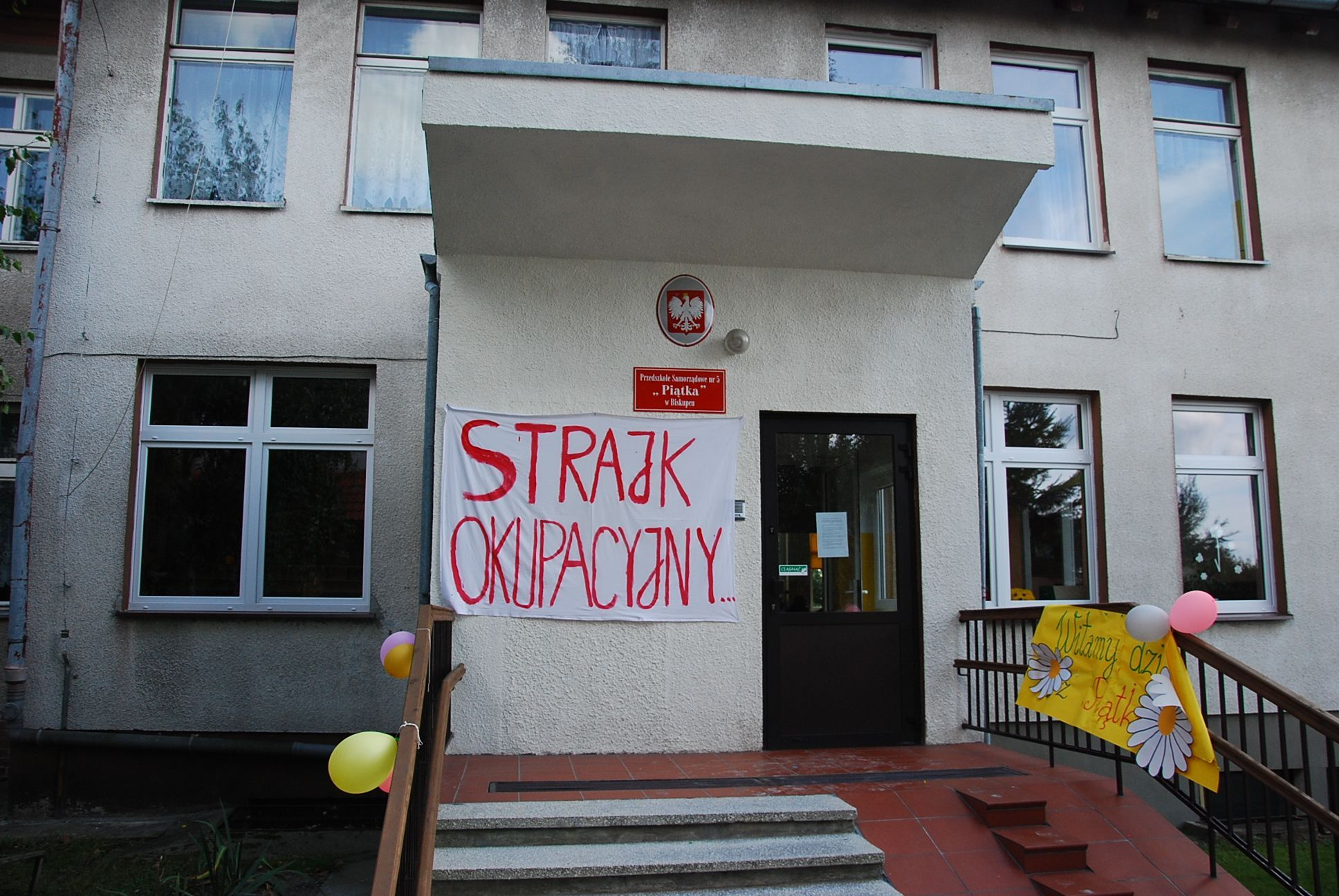 Strajk Rodziców I Nauczycieli Z Przedszkola Numer 5 W