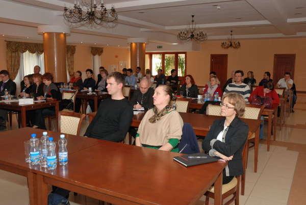 http://i.wm.pl/00/05/13/06/n/fot-dariusz-k-12konferencja-2013-1242692.jpg