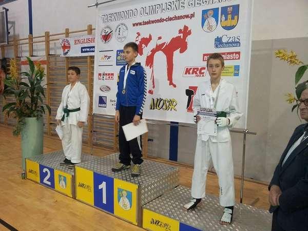 http://i.wm.pl/00/05/15/22/n/seba-z-medalem-za-walki-1247639.jpg